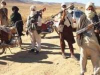 طالبان در راههای ناامن غزنی از مسافران باج میگیرند