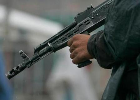 armed-persian-herald