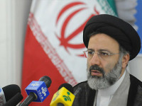دادستان کل ایران: رفع حصر موسوی و کروبی در دستور کار نیست