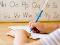 چرا نوشتن با دست مهم است؟