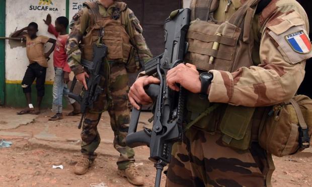 فرانسه اتهام سوءاستفاده جنسی سربازانش از پسربچهها در جمهوری آفریقای مرکزی را بررسی میکند