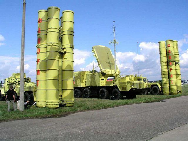 پوتین ممنوعیت تحویل موشک اس-۳۰۰ به ایران را لغو کرد