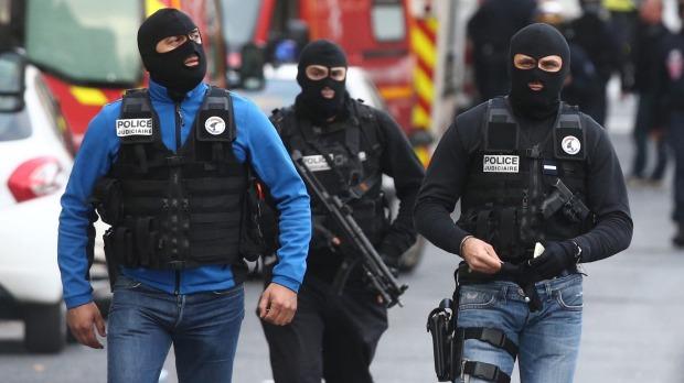 پلیس بلژیک ۹ نفر را در ارتباط با حملات جمعه پاریس بازداشت کرد