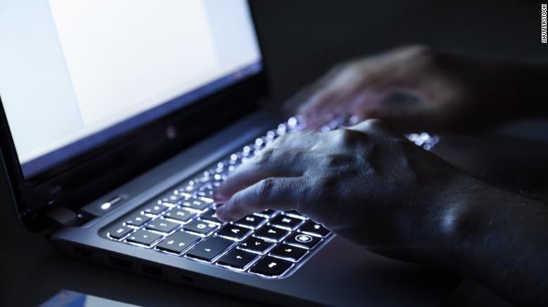 computer-hacker-persian-herald