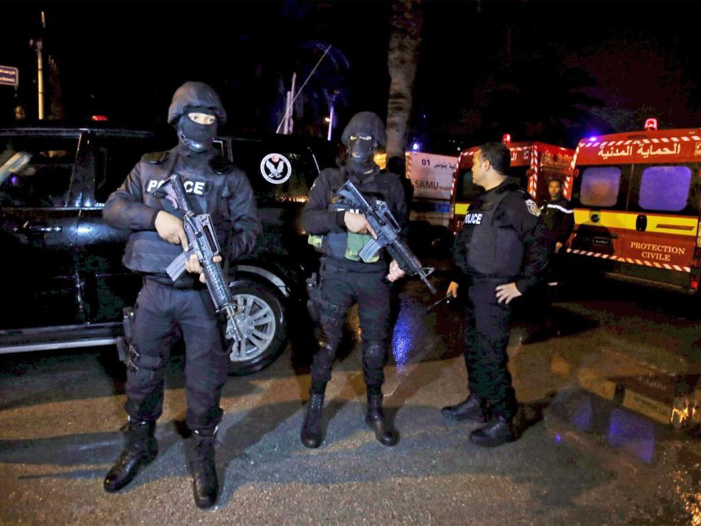 مقررات منع تردد در پایتخت تونس پس از حمله به اتوبوس گارد ریاست جمهوری