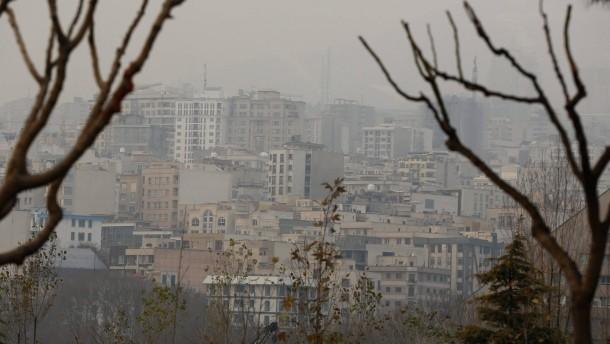 آمار مرگ و میر ناشی از آلودگی هوا، در پایتخت ایران به شدت بالا رفته است